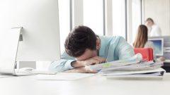 Öğle Saatlerinde Üzerinize Çöken Yorgunluktan Nasıl Kurtulabilirsiniz?